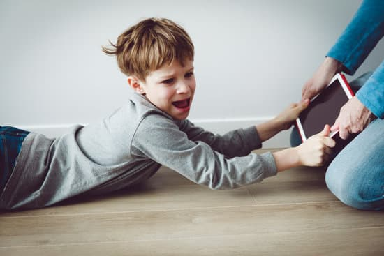子供が乱暴になる原因!3歳児が逸脱状態から正常化するにはどうしたらいい⁈